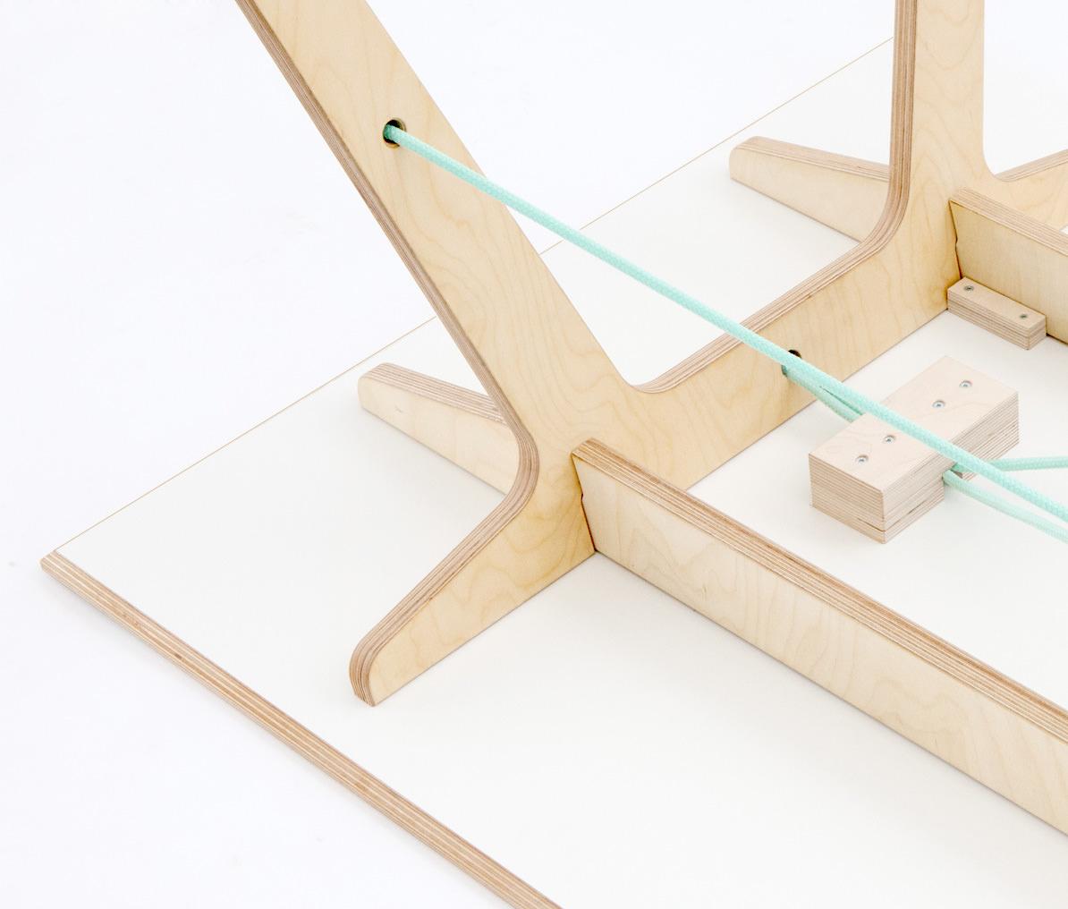 Plug N Ply Tisch Detail